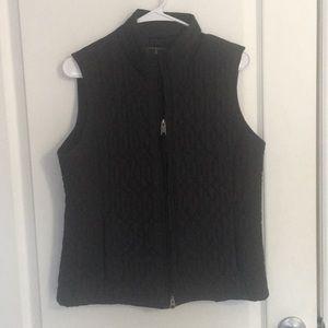 Royal Robbins black quilted vest sz M